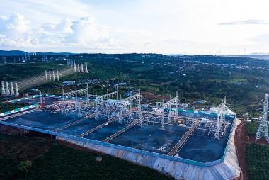 'Nút thắt' trong đầu tư lưới truyền tải tích hợp nguồn điện tái tạo ở Việt Nam